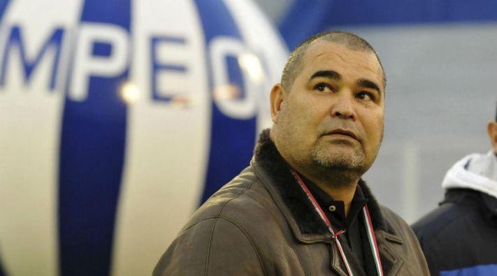Chilavert quiere que Passarella sea el DT de la Selección de Paraguay