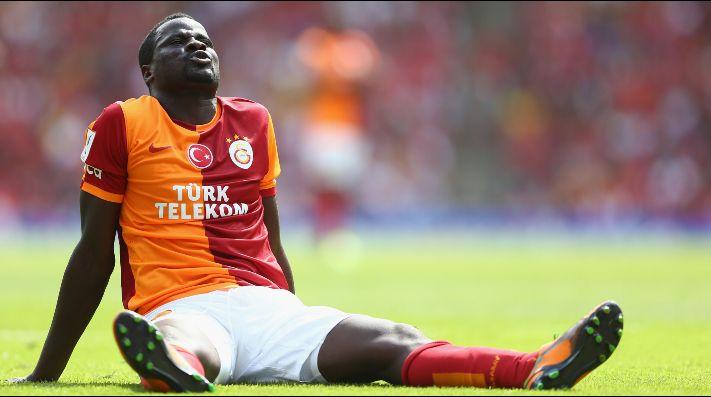 El espíritu navideño invade al Galatasaray y se vuelca con Eboue