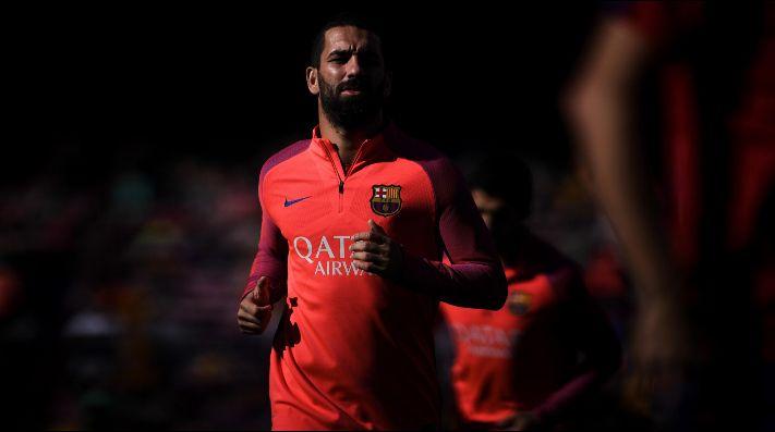 Arda Turan deja el Barcelona y ya tiene nuevo club