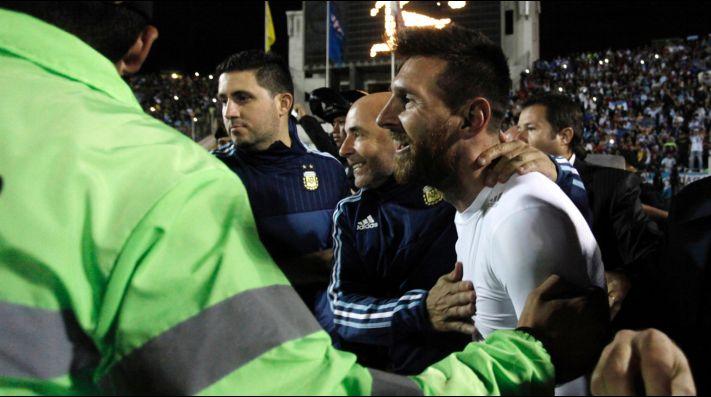 Jorge Sampaoli muestra su lado humano junto a sus seleccionados