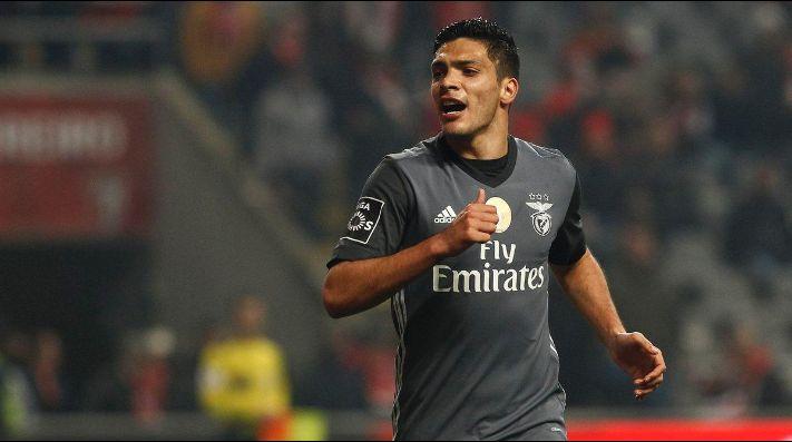 Raúl Jiménez se reencontró con el gol en Benfica