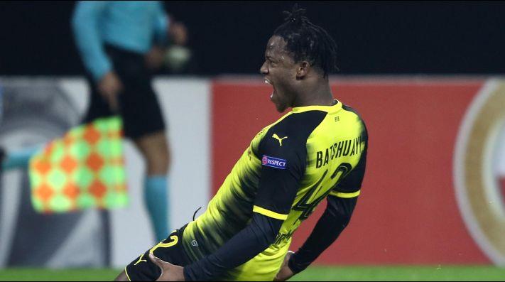 Batshuayi prolonga su gran presente en el Dortmund