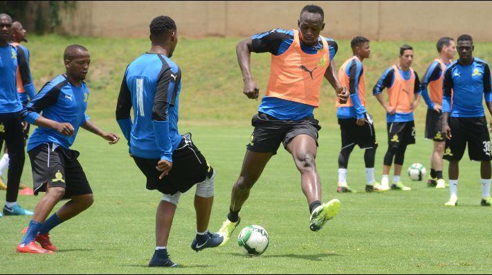 Usain Bolt anunció que firmó contrato con un club de fútbol