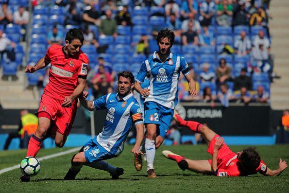 Héctor Moreno se queda sin DT en la Real Sociedad
