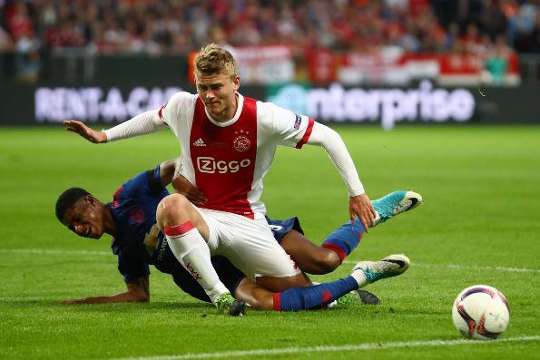 PSV golea 5-1 al Nac Breda