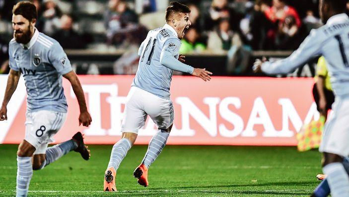 Debut de Zlatan en LA sería contra Vela
