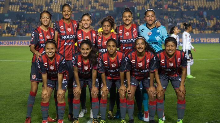 Pumas y Necaxa logran empatar 1-1
