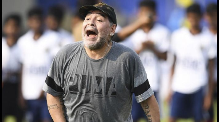 Maradona opinó sobre el polémico penal que le cobraron al Real Madrid