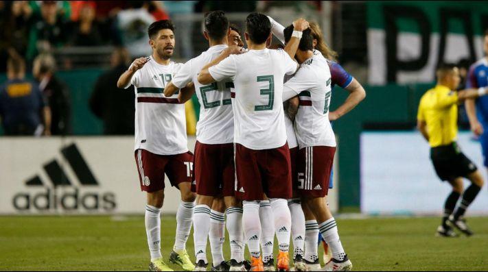 La FIFA marcó a los rusos por racistas