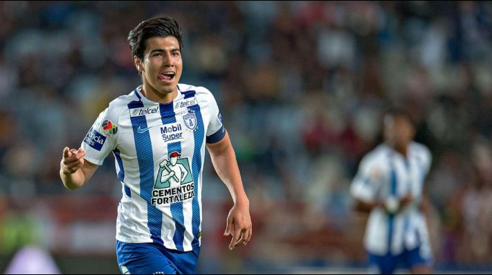 Erick Gutiérrez batea a Chivas: