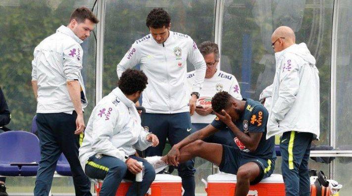 Casemiro lesiona a Fred en entrenamiento de Brasil
