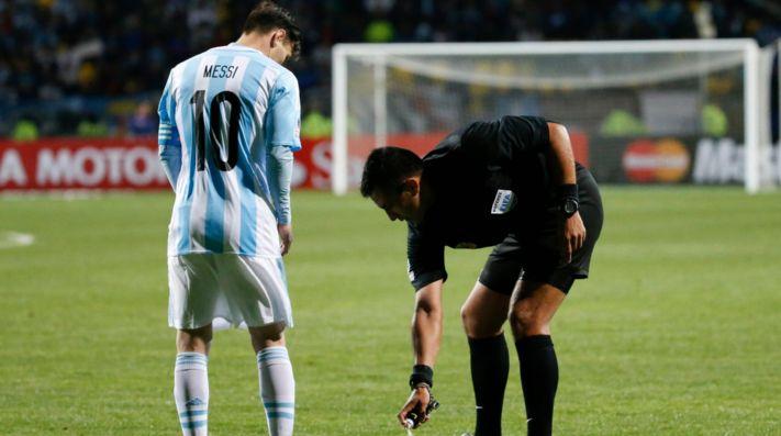 El cuarto árbitro de Argentina-Francia es un viejo enemigo ...