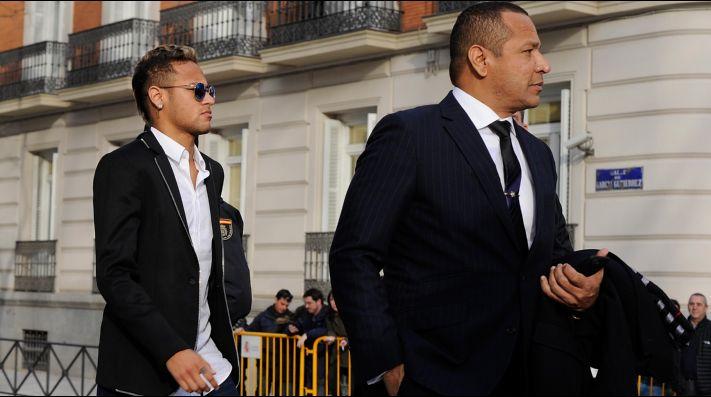 Nuevo escándalo de Neymar; ahora su padre insultó a mujer periodista