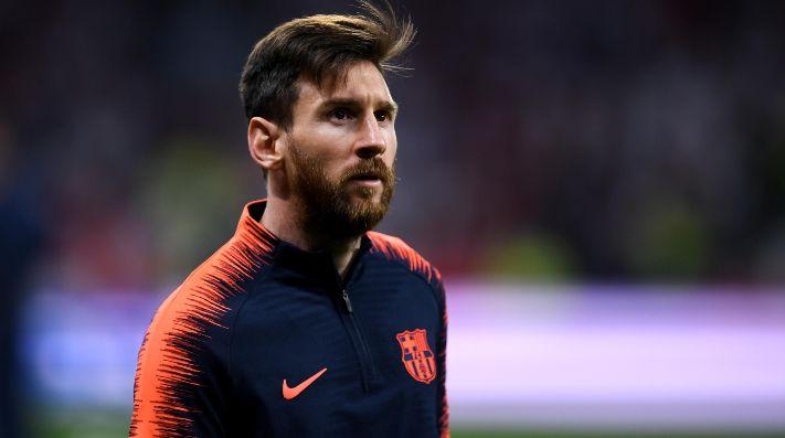 Messi vuelve loco a su enorme perro jugando