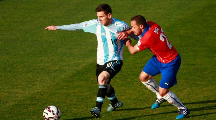 Racing va por otro refuerzo chileno: quiere a Marcelo Díaz