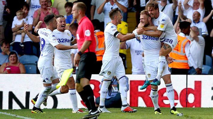 Loco debut: el Leeds de Bielsa, con el pie derecho