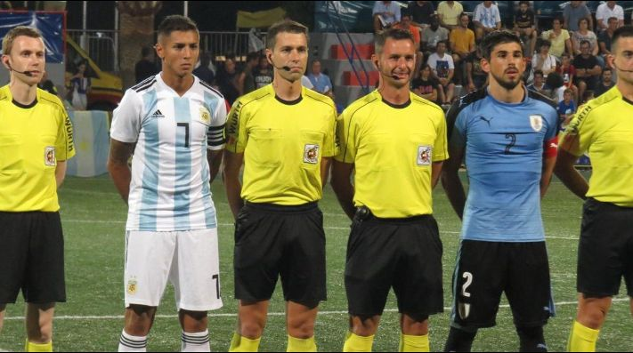 Uruguay fue superior, pero perdió el clásico en los penales