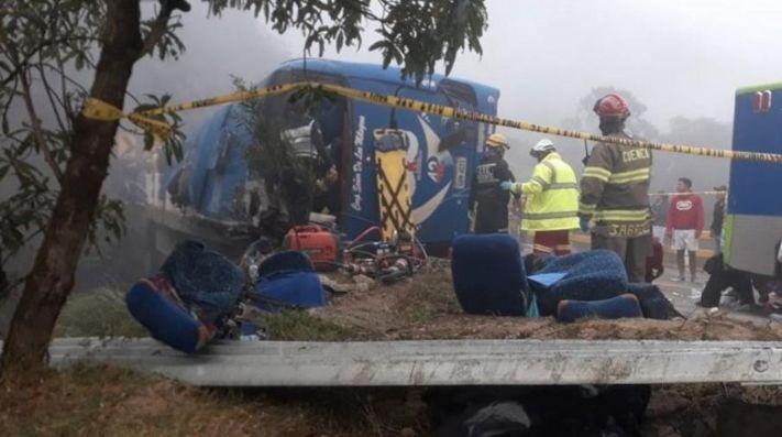 Se accidentó bus que transportaba hinchas de Barcelona