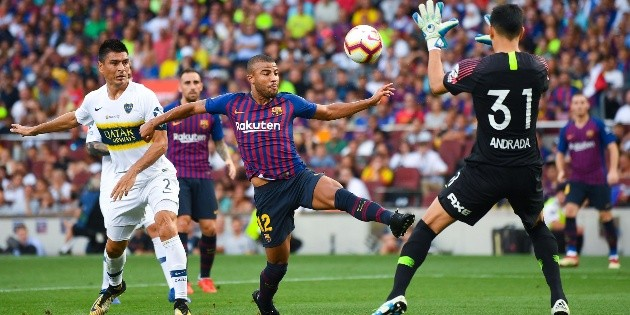 You're crazy, Rafinha: he threw a wall, he made a hat for Andrada and he scored a great goal