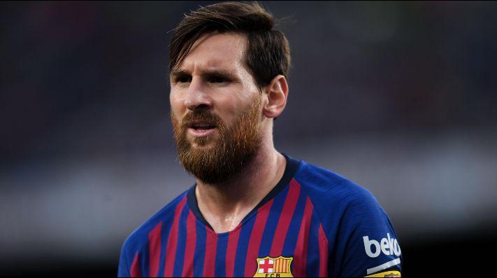 El Barcelona remonta y acaba con el maleficio de Anoeta
