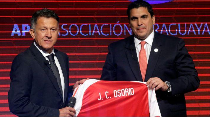 Llaman zoquete a Juan Carlos Osorio en Paraguay