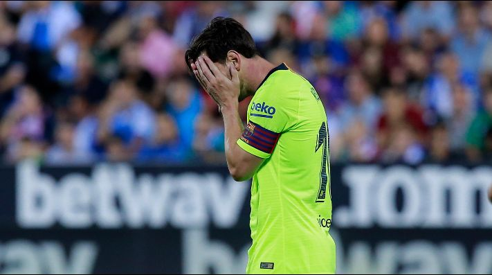 Messi se calentó y lo amonestaron post partido