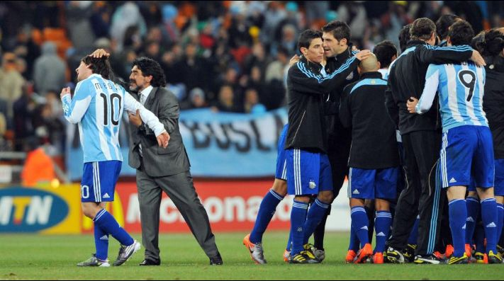 Maradona volvió a hablar de Messi y reveló un desconocido detalle