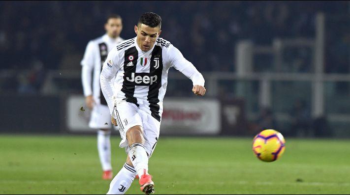 La arrogante celebración de Cristiano Ronaldo después de marcar de penalti — Vídeo