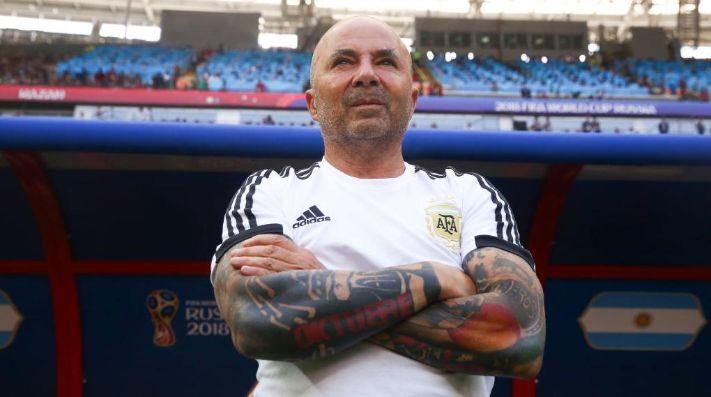 Jorge Sampaoli buscaría llevar a Eduardo Vargas al Santos