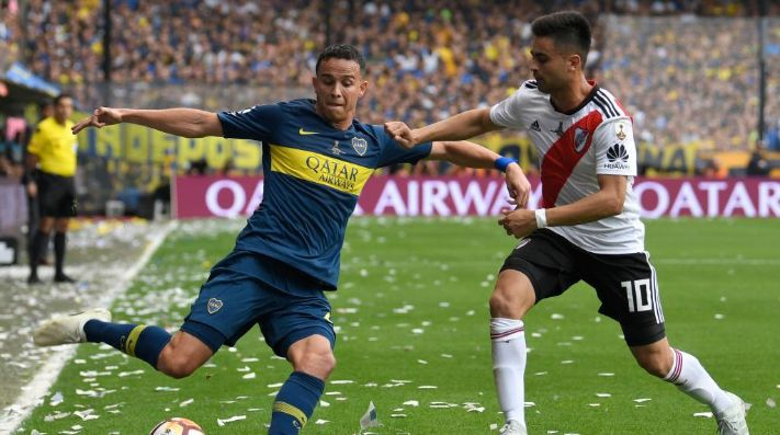 Jara y el Pity, en el último partido del lateral en La Bombonera.