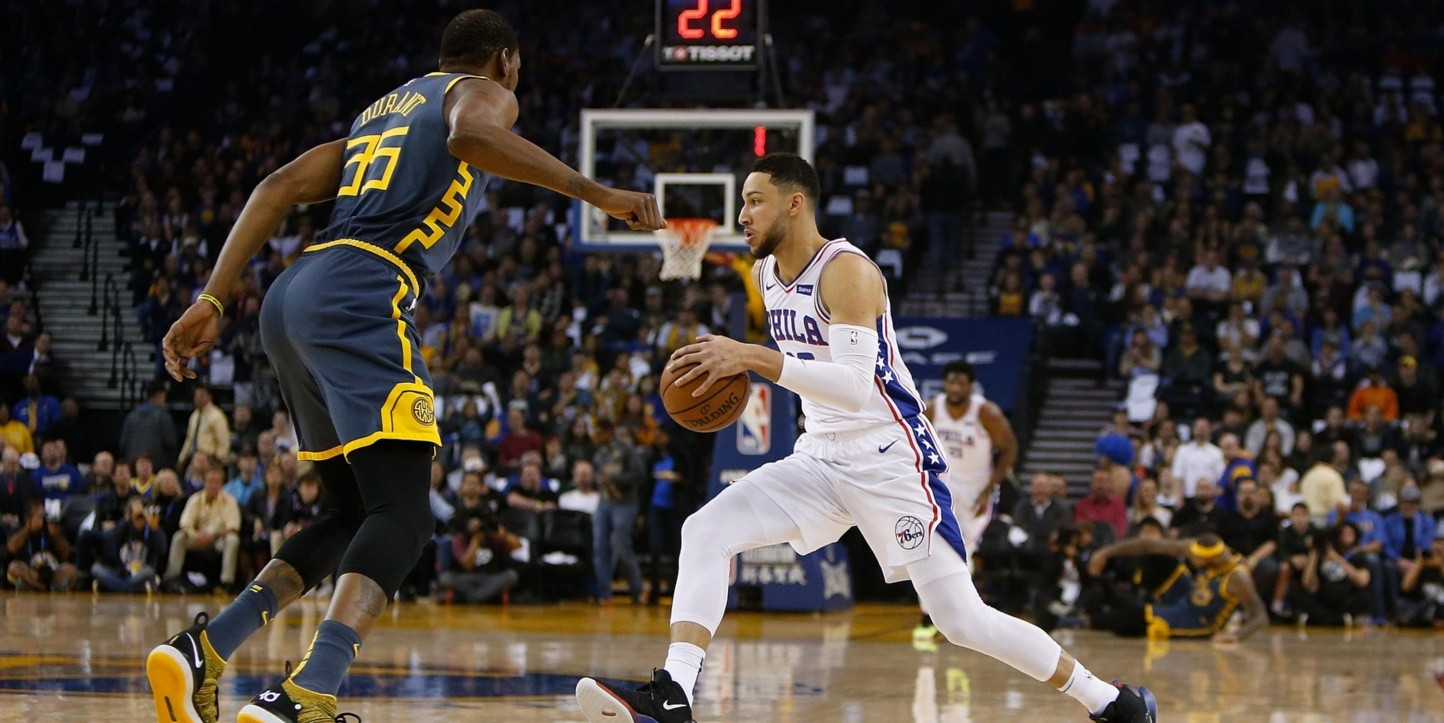 Kevin Durant y Ben Simmons (Foto: Getty)