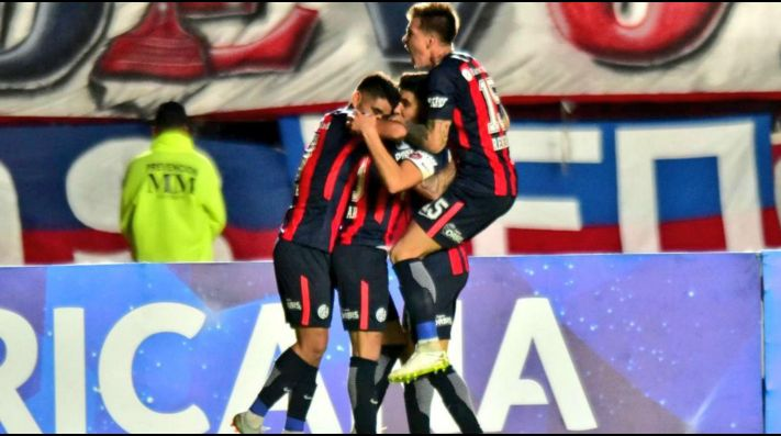 San Lorenzo vs Junior