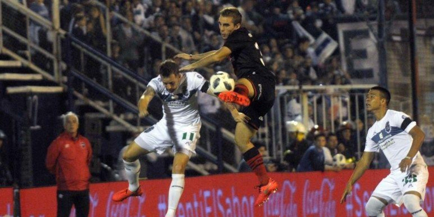 Gimnasia vs Newell's por la Superliga.