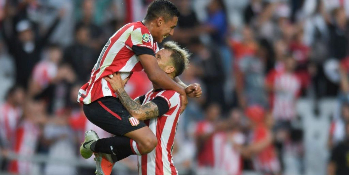 Huracán vs Estudiantes por la Superliga.