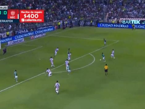 El puntero está imparable: Meneses y Navarro, con un golazo, pusieron en ventaja al León ante el Necaxa