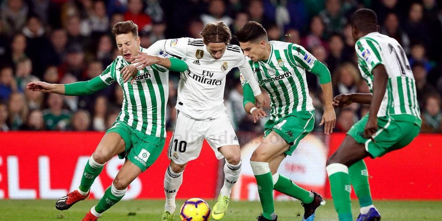 Real Madrid vs Real Betis (Foto: Getty)