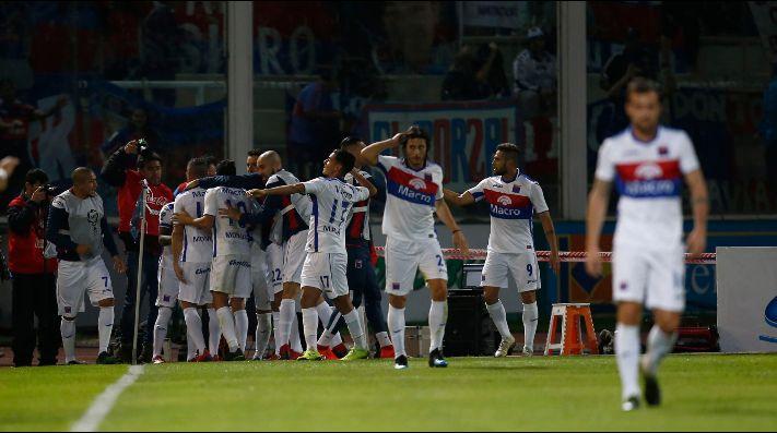 El festejo de los jugadores de Tigre.
