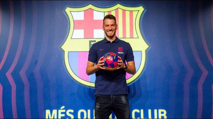 Neto ya fue presentado en Barcelona.