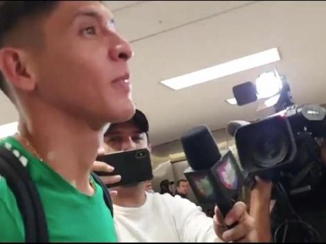 Edson Álvarez evitó a la prensa en su regreso a CDMX