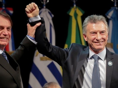 En pleno acto oficial del Mercosur, Macri le tiró una chicana por el VAR a Bolsonaro
