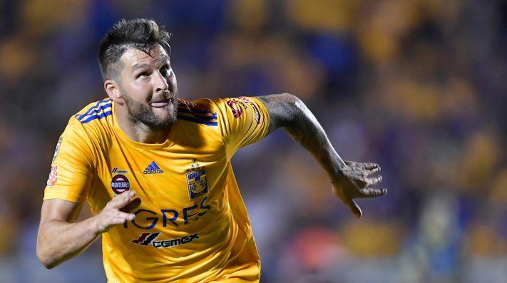 Gignac defendiendo la camiseta de Tigres.