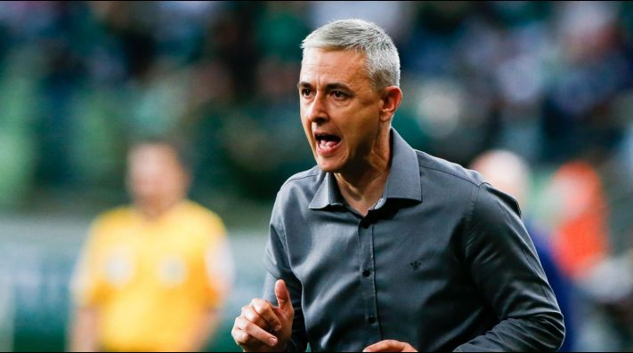 Tiago Nunes, entrenador del elenco brasileño.