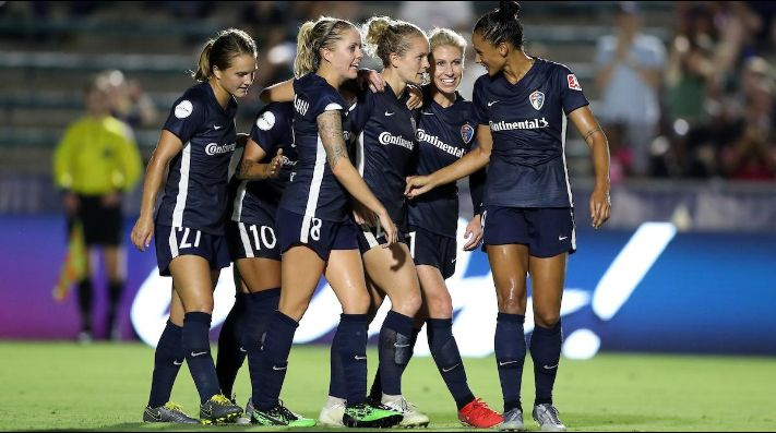 Qué canal transmite North Carolina Courage vs. Manchester City por la Women's International Champions Cup