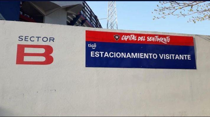 Desde una B en el vestuario hasta pulseras de Boca: las burlas de Cerro Porteño a River
