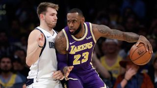 Que Canal Transmite Los Angeles Lakers Vs Dallas Mavericks