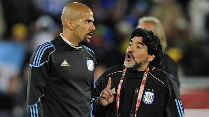 """Verón a Maradona: """"No soy vigilante ni botón, adelante de una cámara todos somos malos y guapos"""""""