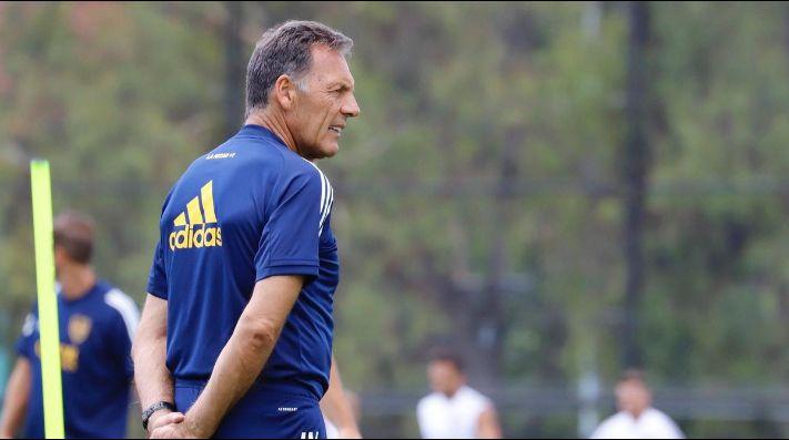 Miguel Ángel Russo en el entrenamiento de Boca.