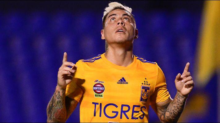 Eduardo Vargas está en los planes de Boca.
