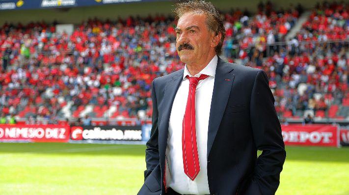 La Volpe se retiró como director técnico