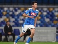 El equipo de la Serie A que se suma al interés por Hirving Lozano
